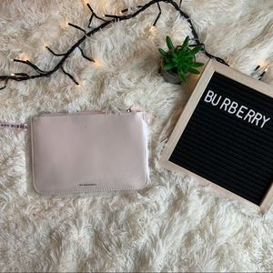 Burberry pouch in baby pink🤍💕
